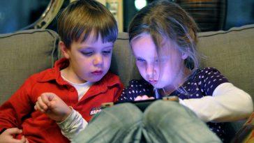 social bank kids