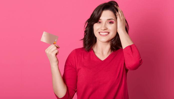Já ouviu falar do cartão rosa C6 Bank? Confiras vantagens financeiras e de design!