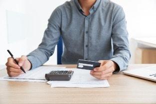 Como adiar o pagamento da fatura do cartão de crédito? Mude a data de vencimento