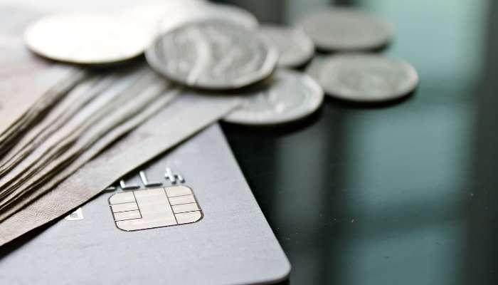 empréstimo pessoal ou parcelamento do cartão